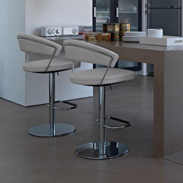 Может ли кухонный барный стул изменить вид вашей кухни?